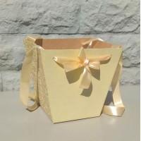 Коробка-трапеция желтая, 19х22х14 см