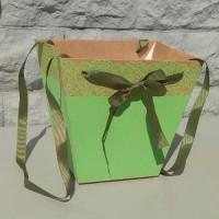 Коробка-трапеция зеленая, 19х22х14 см