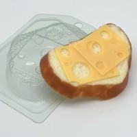 Хлеб белый с сыром, пластиковая форма